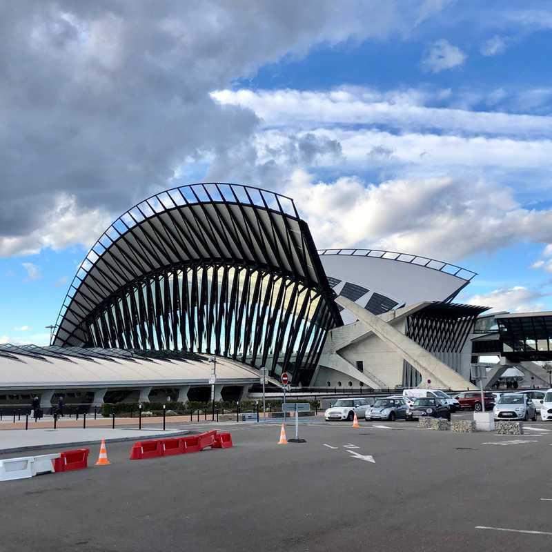 Gare de Lyon Saint-Exupéry TGV