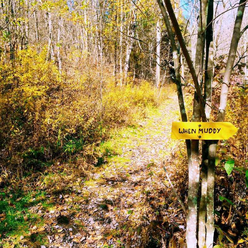Hike Andes Rail Trail
