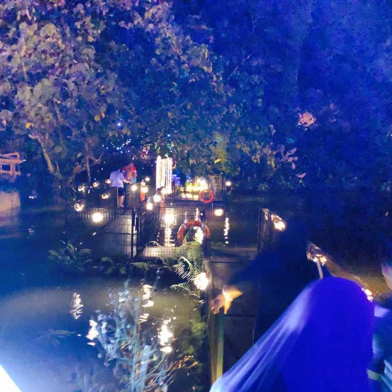 Lost World Hot Springs & Night Park