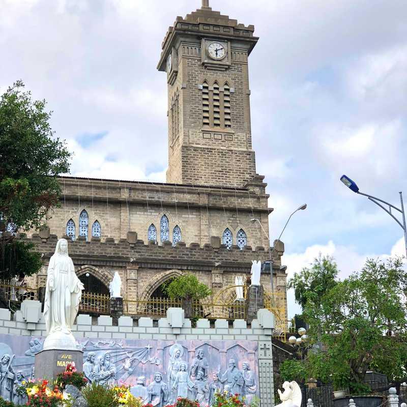 Quảng trường Ave Maria