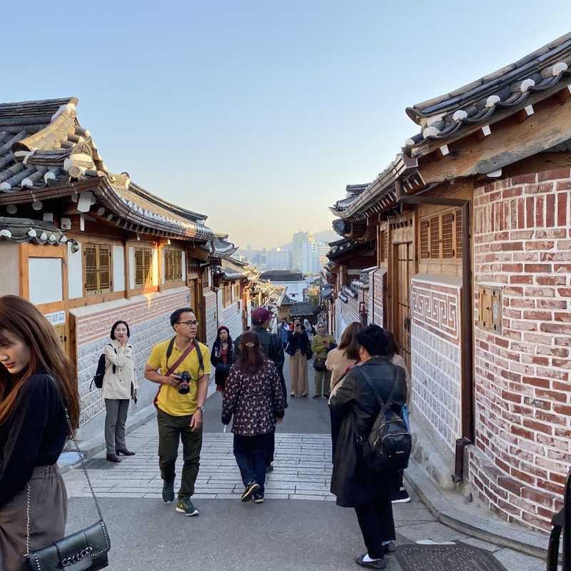 KOREA SEOUL JOGYESA & BUKCHON HANOK | 1 day trip itinerary, map & gallery