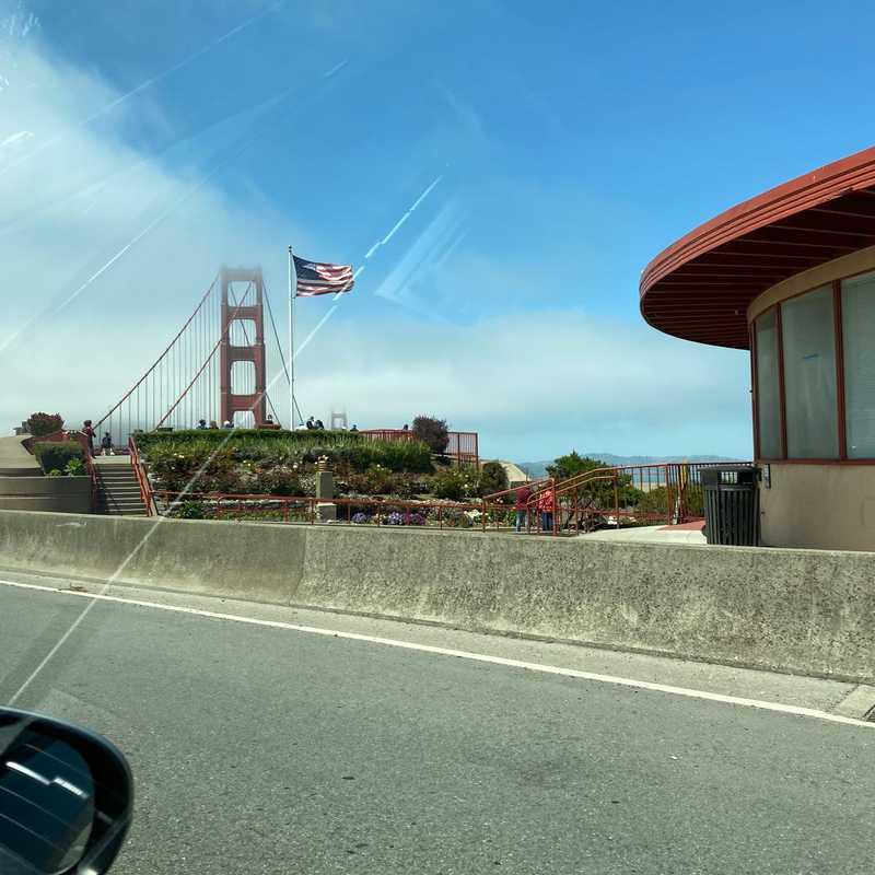 Golden Gate Post Card Viewpoint