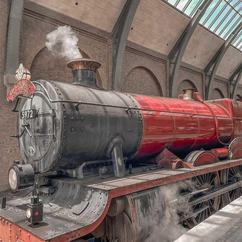 Hogwarts™ Express: King's Cross Station