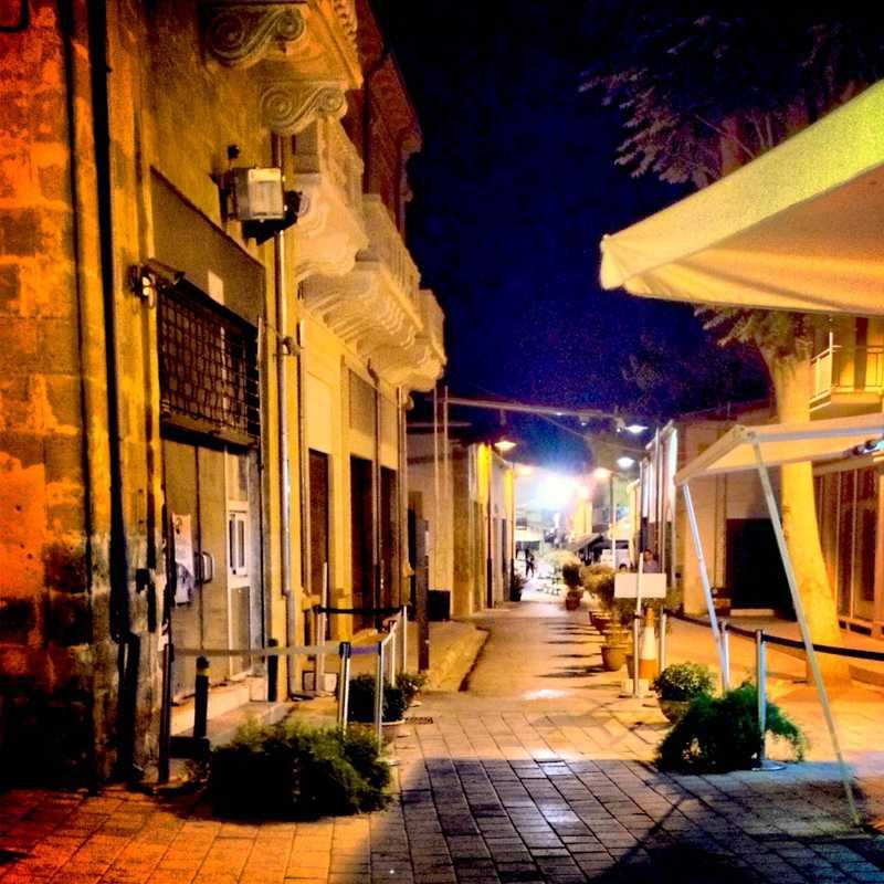 Ledras одна из самых посещаемых улиц Никосии