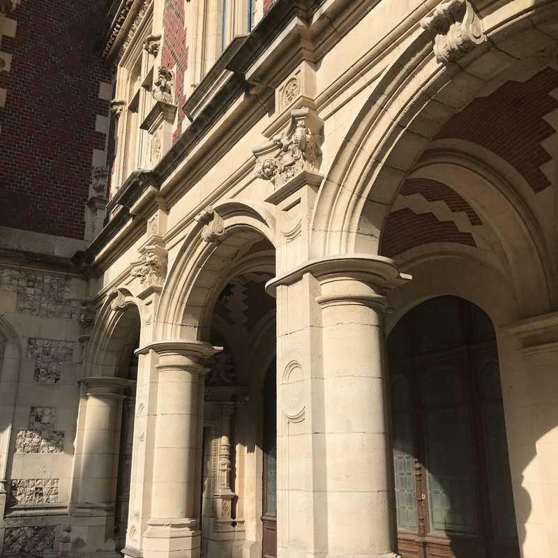 Bénédictine Palace