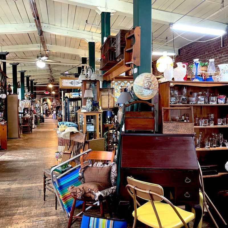 Antiques on the Farmington