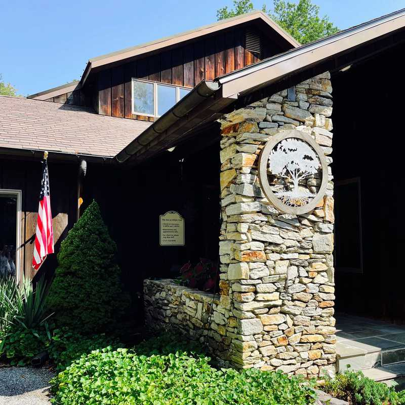 The Inn at White Oak Bed and Breakfast