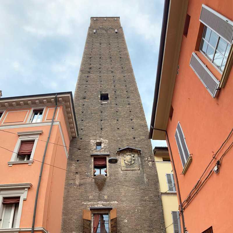 Torre dei Prendiparte o Torre Coronata