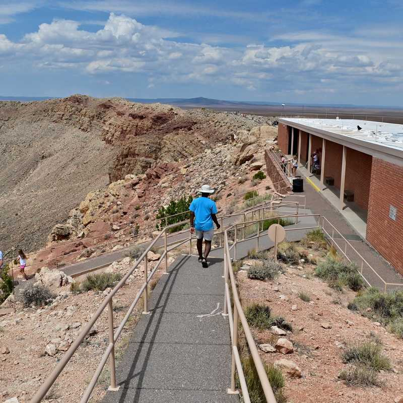 Meteor Crater Visitor Center