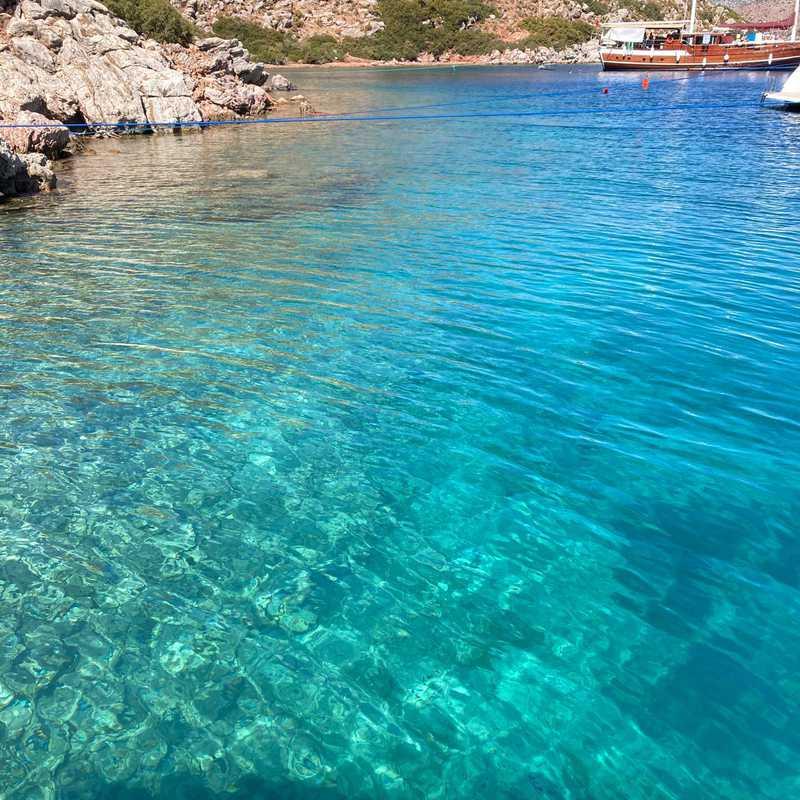 Kizil Ada Adası