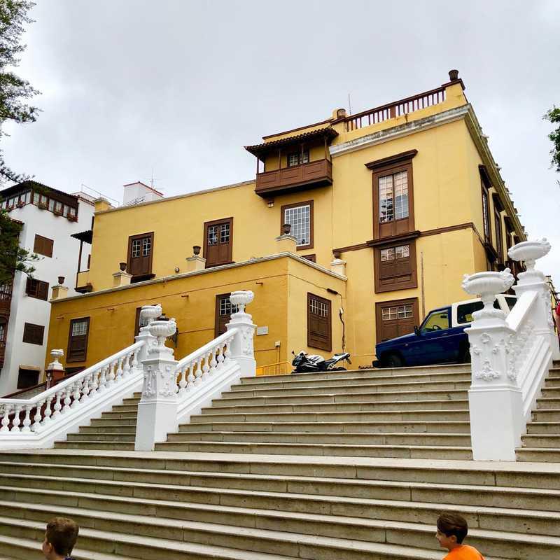 Plaza Andrés de Lorenzo Cáceres