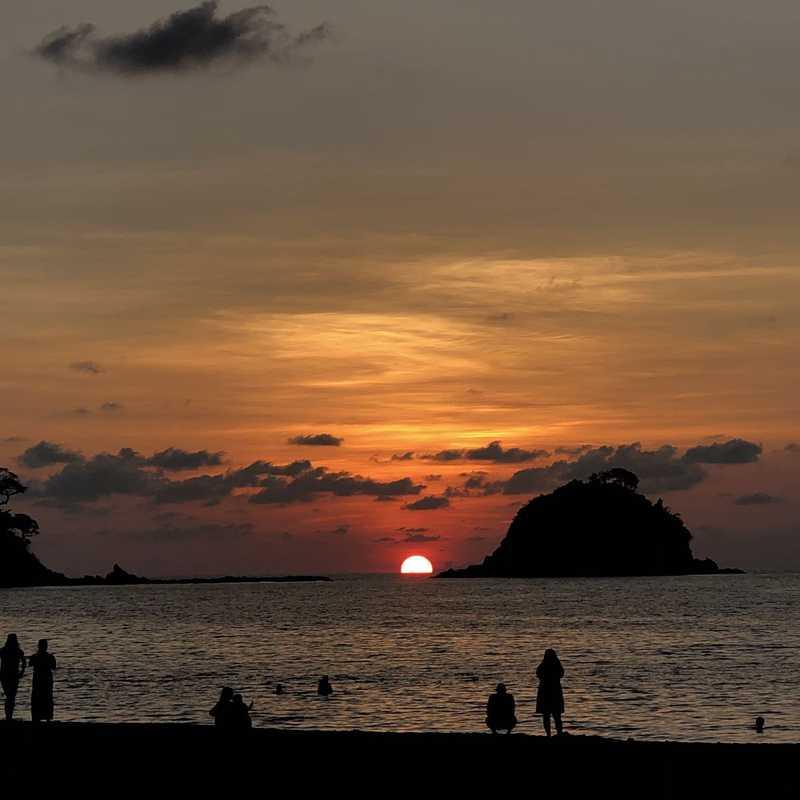 Nacpan Beach Sunmai Sunset Restaurant