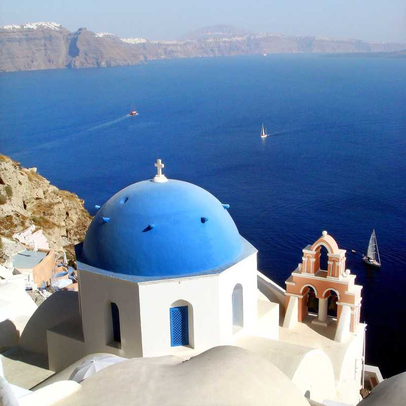 Santorini & Athens | 3 days trip itinerary, map & gallery