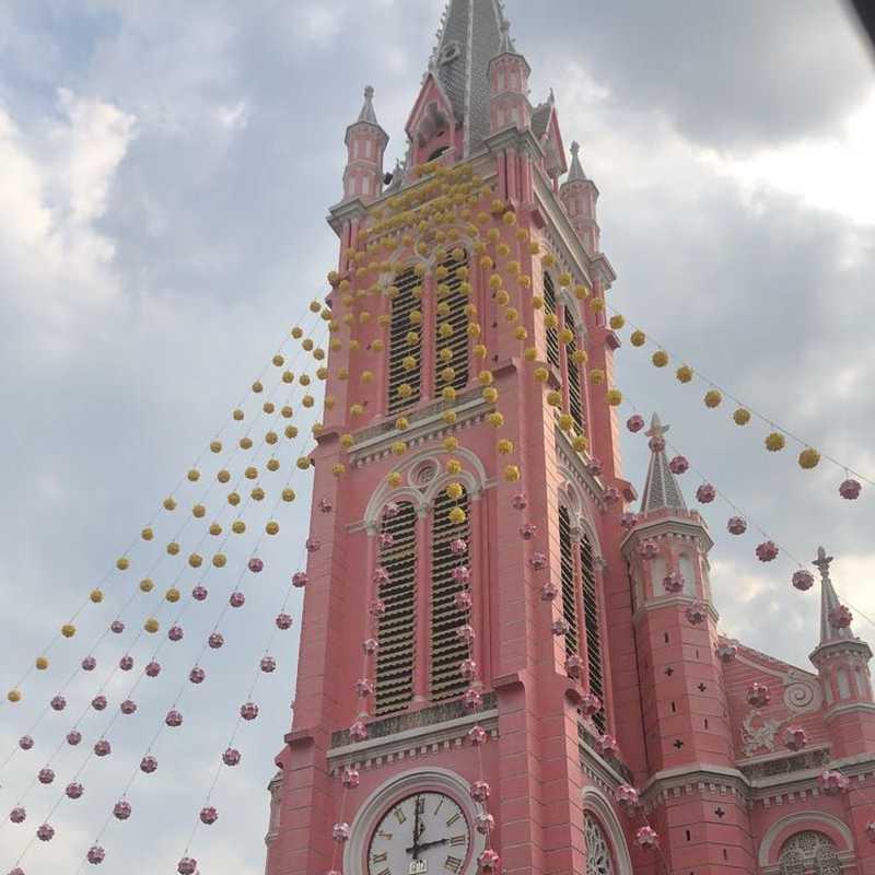 Place / Tourist Attraction: Tan Dinh Church (District 3, Vietnam)
