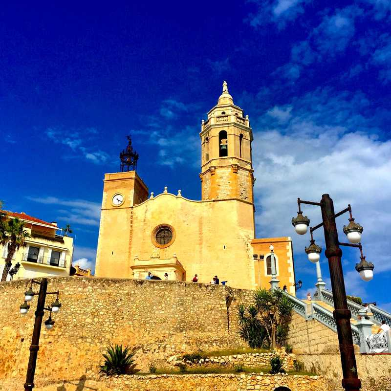 BCN & SITGES 🇪🇸 2017 | 4 days trip itinerary, map & gallery