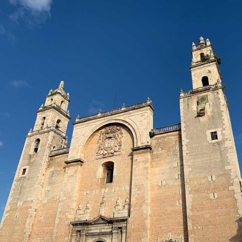 Place / Tourist Attraction: Catedral de Mérida - San Ildefonso (Mérida, Mexico)