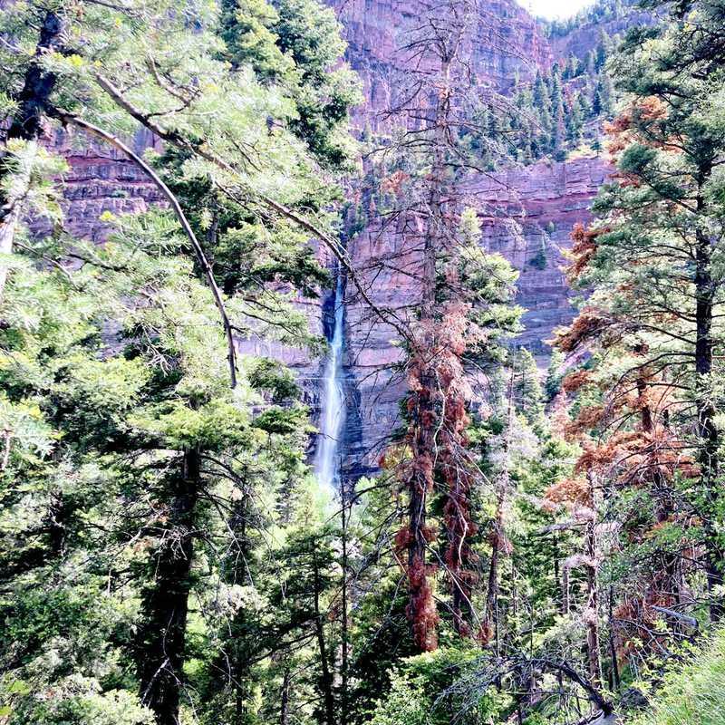 Cascade Falls Park