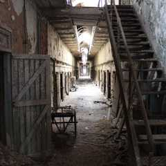 Eastern State Penitentiary | POPULAR Trips, Photos, Ratings & Practical Information