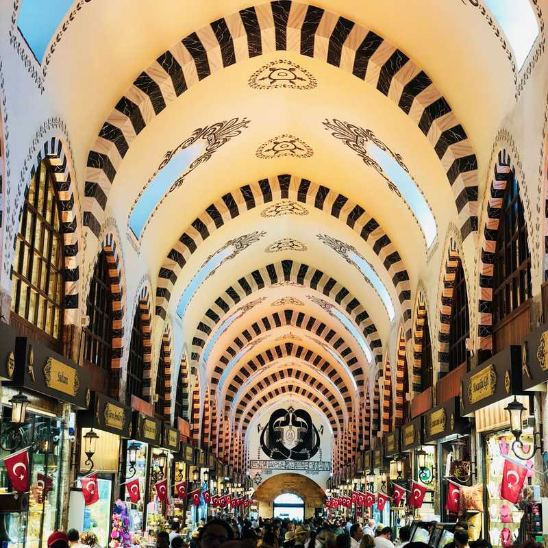 Place / Tourist Attraction: Spice Bazaar (Fatih, Turkey)