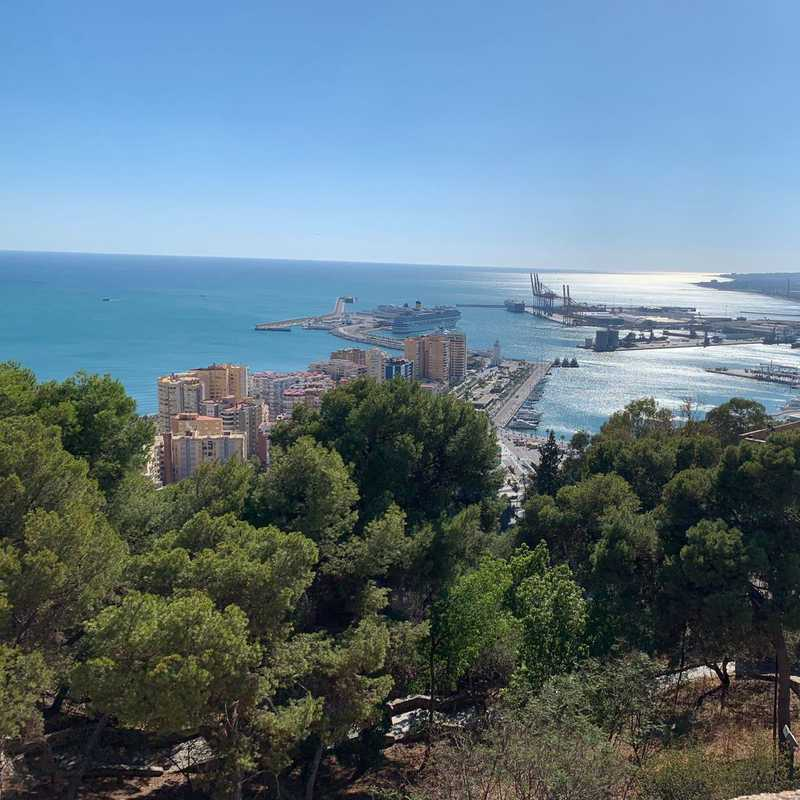 Malaga, Spain 🇪🇸 2019 | 1 day trip itinerary, map & gallery