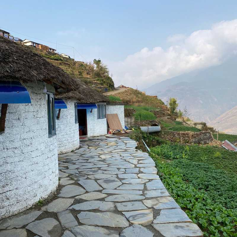Himalayas White Hut Lodge
