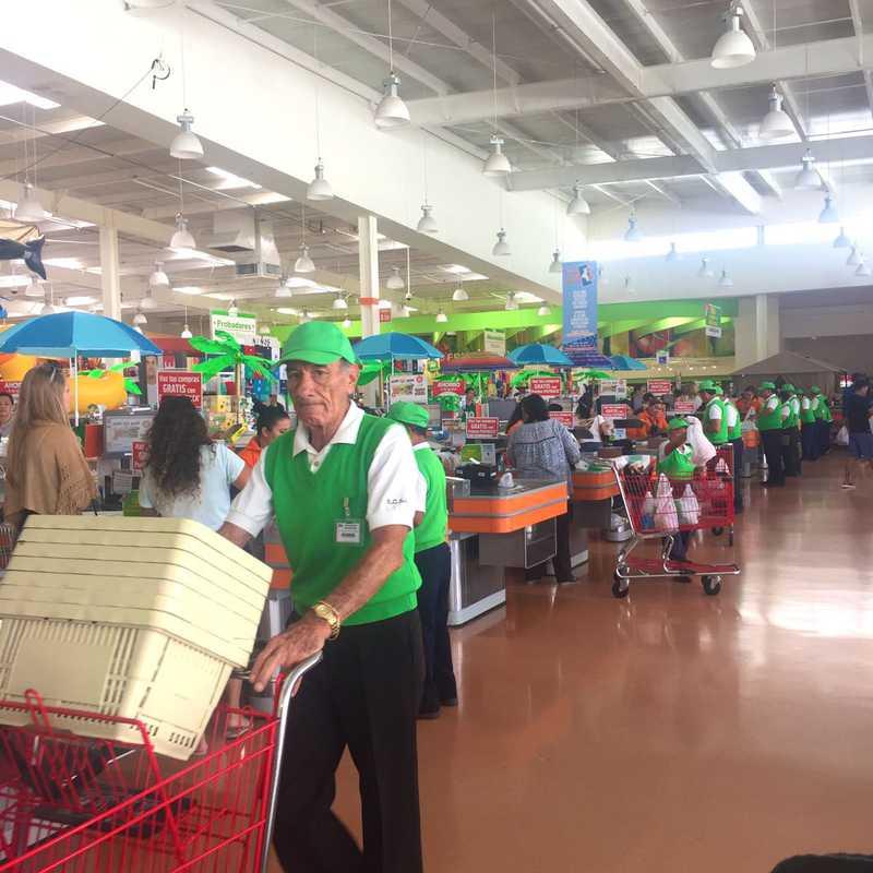 Mega Soriana Supermarket