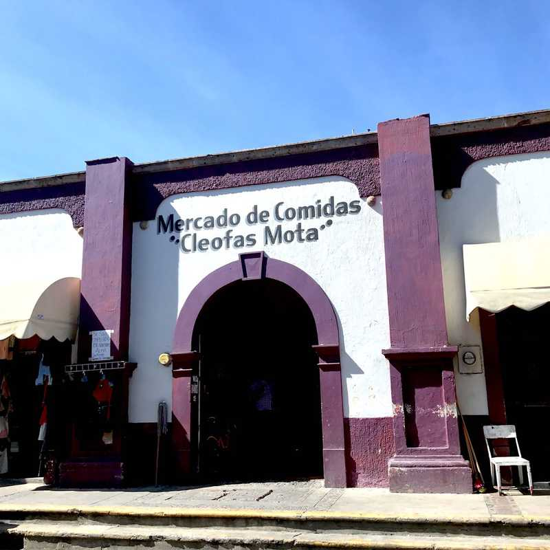 """Mercado de Comidas """"Cleofas Mota"""""""