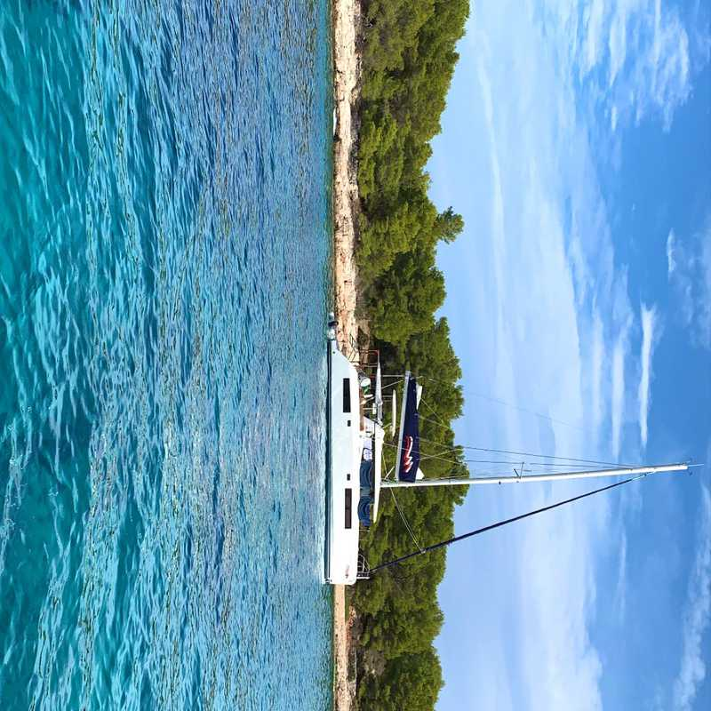 Boat Rental to the Islands