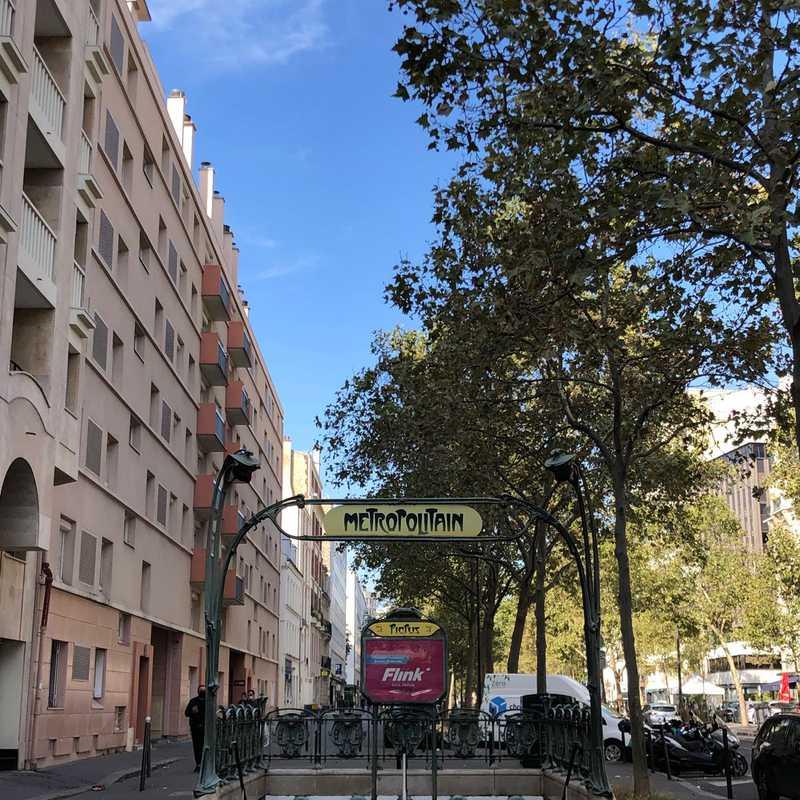 Avenue de Saint-Mandé