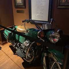 Hard Rock Cafe | POPULAR Trips, Photos, Ratings & Practical Information