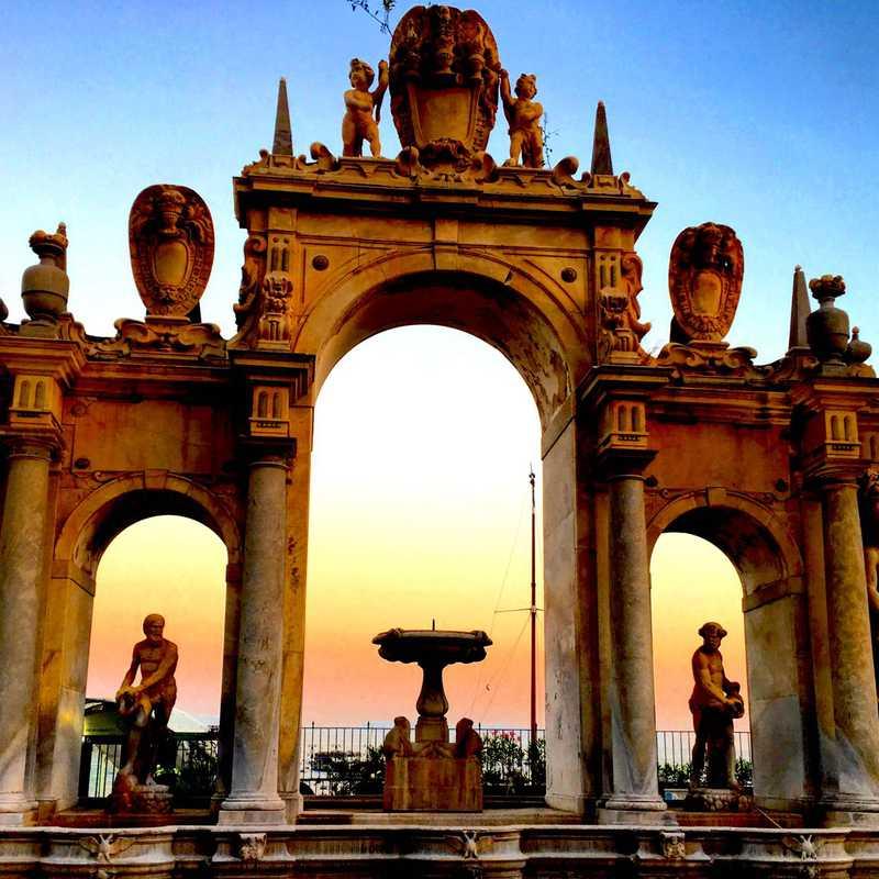 Naples - Hoptale's Destination Guide