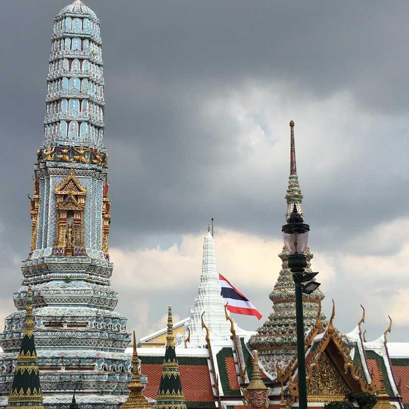 Visit Grand Palace
