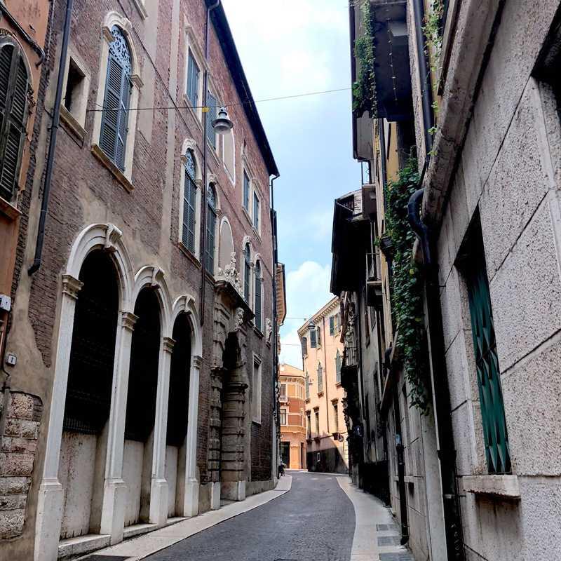 Verona Center
