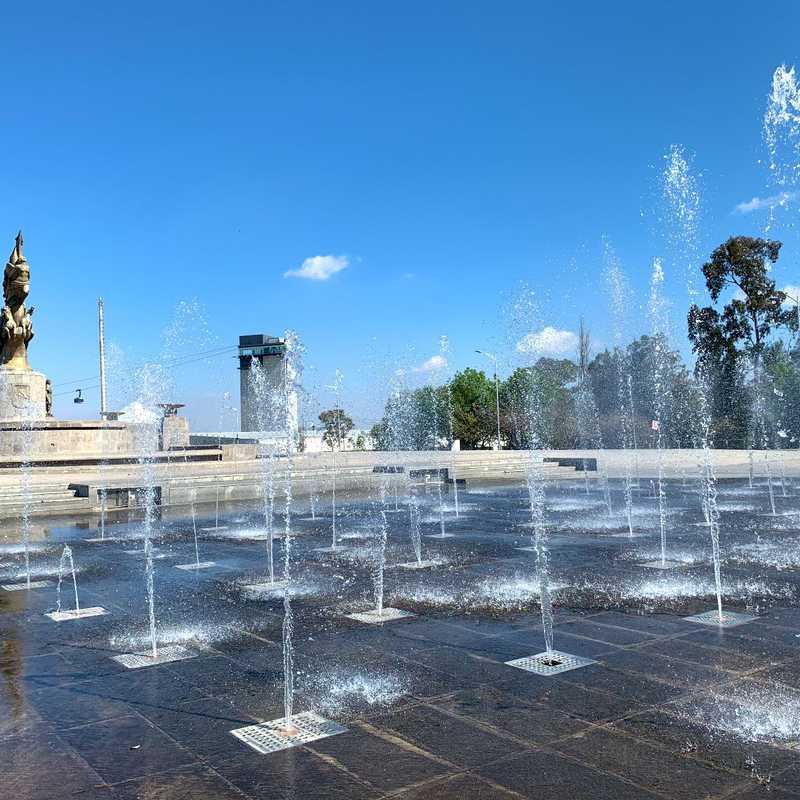 Plaza Civica De La Victoria