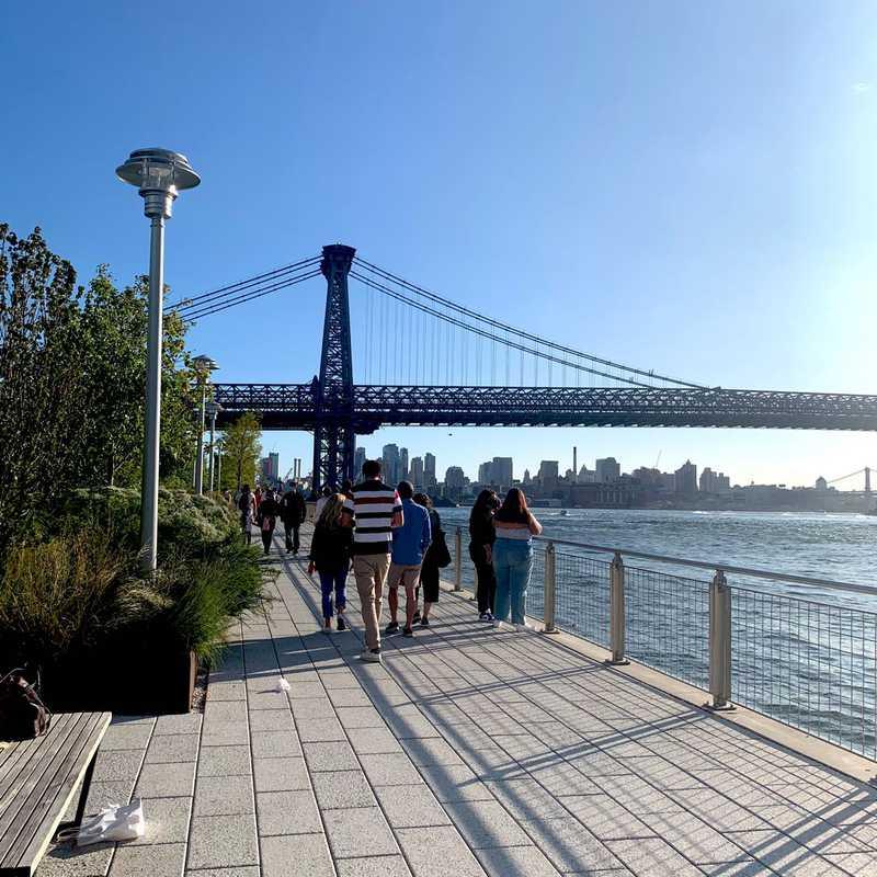 Grand Ferry Park