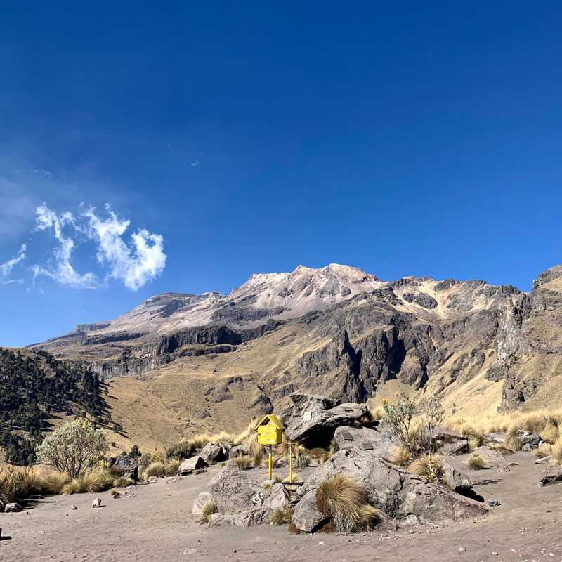 Place / Tourist Attraction: La Joya, Iztaccihuatl (Estado de México, Mexico)