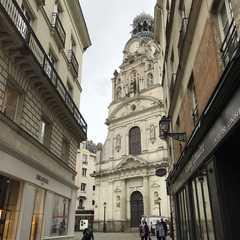 Nantes | POPULAR Trips, Photos, Ratings & Practical Information