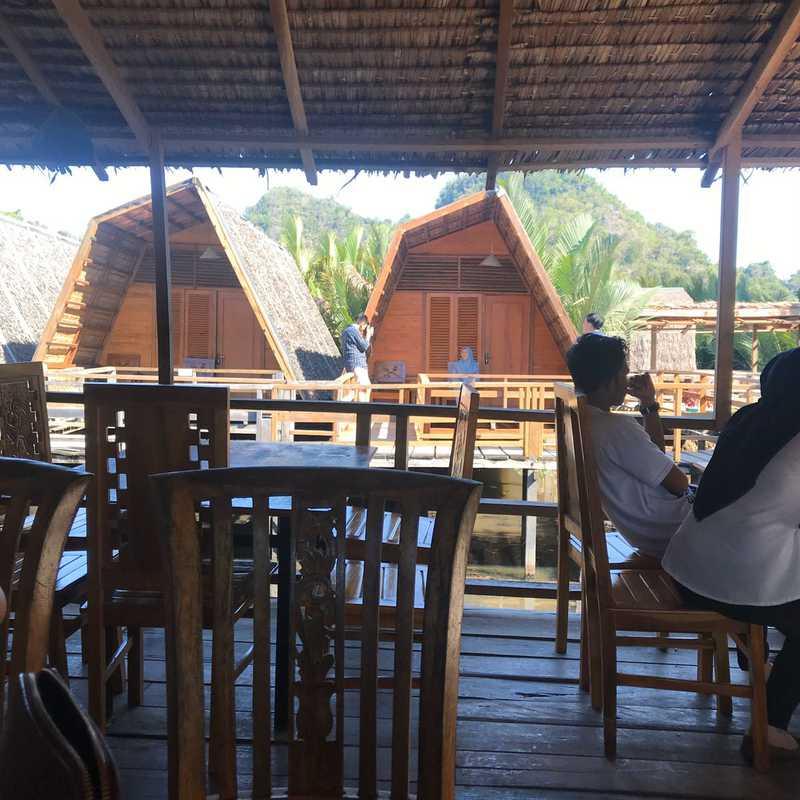 Cafe and Village Rammang Rammang