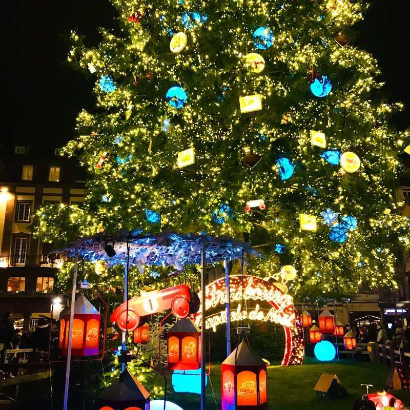 Christkindelsmärik Strasbourg - Place Broglie