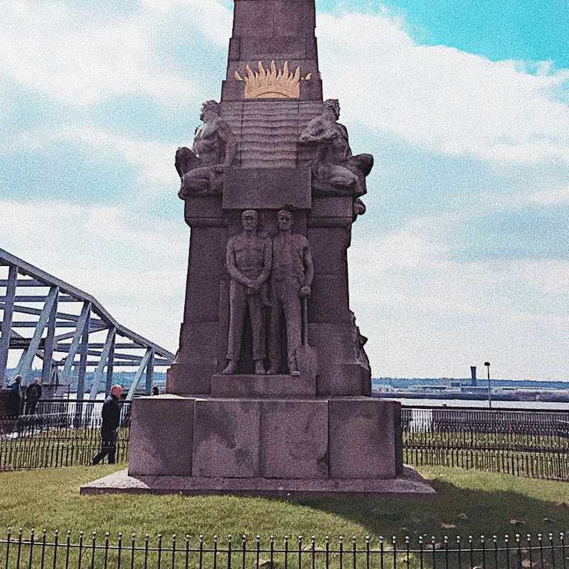 Memorial to the Engine Room Heroes of the Titanic
