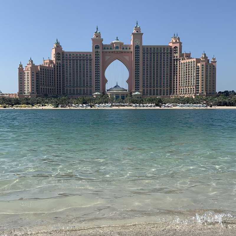 WHITE Beach Dubai