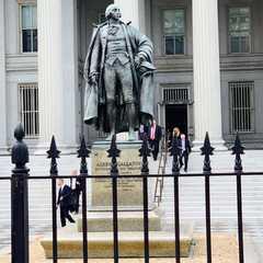 Washington | POPULAR Trips, Photos, Ratings & Practical Information