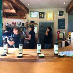 Waiheke Island | POPULAR Trips, Photos, Ratings & Practical Information