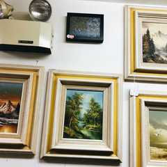 Nostalgia Antiques And Collectibles Store