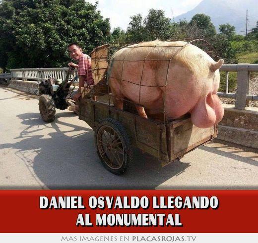 Daniel osvaldo llegando al monumental