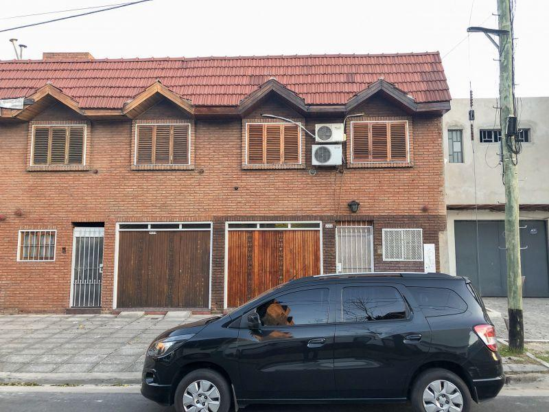 VENTA PH 4 AMB PATIO PARQUE AVELLANEDA