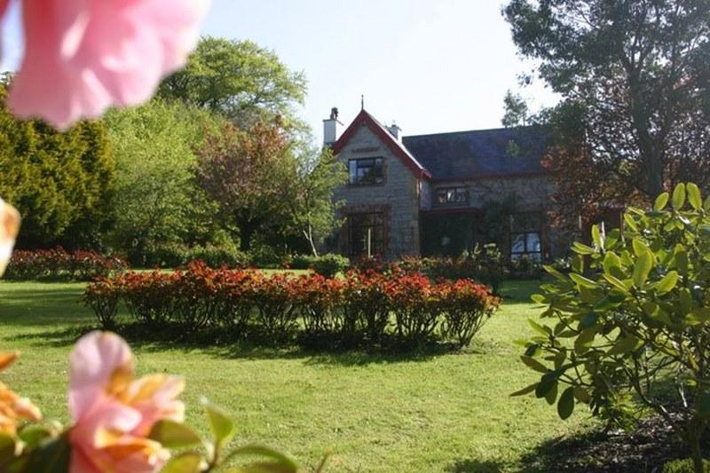The Coach House is set on the grounds of the old Rectory - just look at those beautiful gardens!