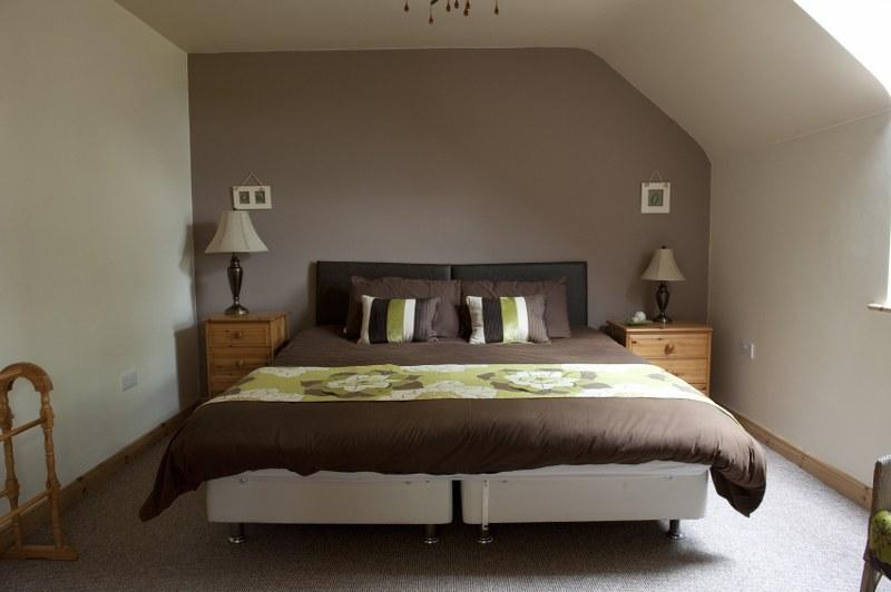 The spacious bedrooms in Lake View can be set up a twins or super-king size double rooms.