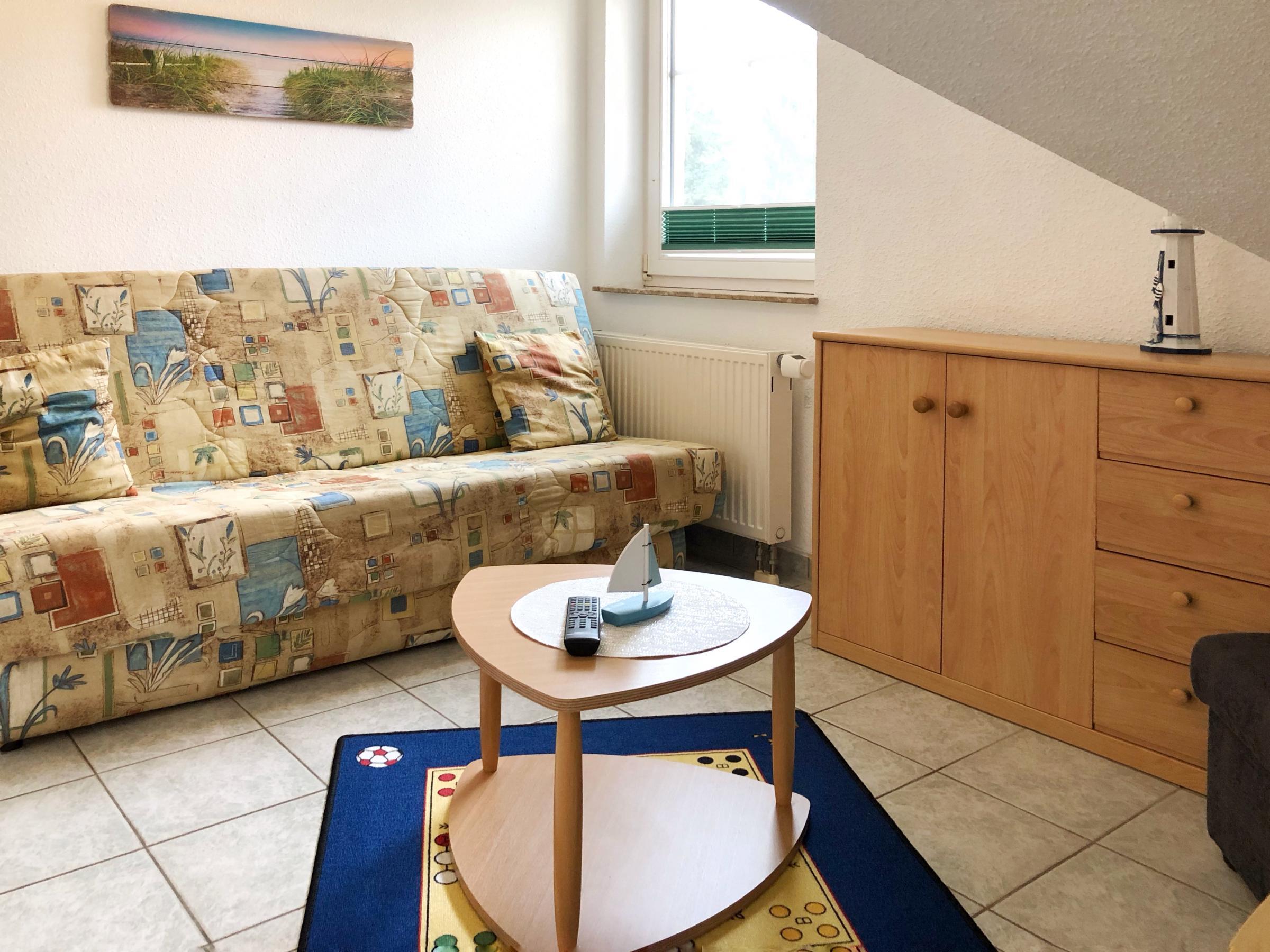 2. Schlafzimmer mit Doppelliege zum Ausklappen.