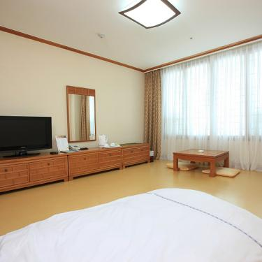 high1 hotel standard traditional korean bed sto